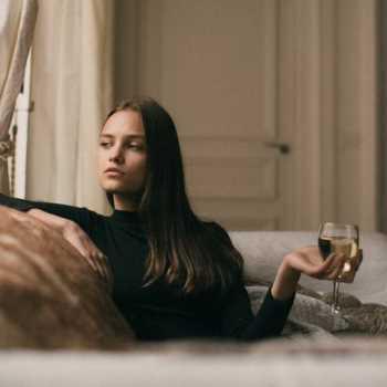 Ήξερες πως αν πίνεις κρασί χάνεις βάρος;
