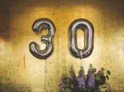 Τα 30 είναι τα νέα 25 που ήταν τα νέα 20 (ή και όχι)